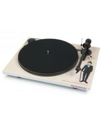 Gramofon PRO-JECT AUDIO SYSTEMS ESSENTIAL II...