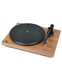 Gramofon PRO-JECT AUDIO SYSTEMS DEBUT...